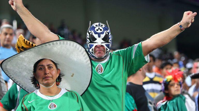 MexicoFans1_16x9_1600