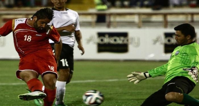 Syrien fører Gruppe E foran Japan efter sejr over Afghanistan iOman