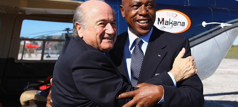 Tokyo Sexwale fra Sydafrika er en af de fem kandidater til ny FIFApræsident